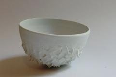 Bol écailles, porcelaine, diamètre 12cm.